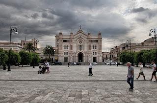 Piazza Duomo in Reggio Calabria, where Umberto Boccioni was born in 1882