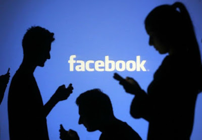 one-in-four-facebook-users-women-in-india