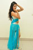Shreya Vyas latest sizzling pics-thumbnail-3