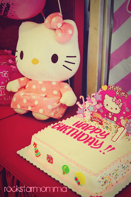 O Kitty Cakes Red Ribbon Images