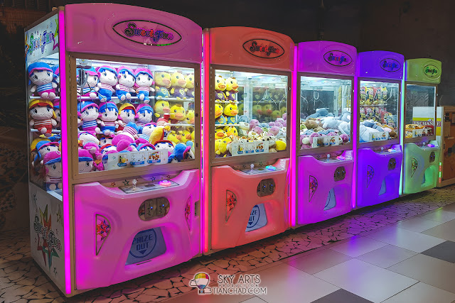 Toy Claw Vending Machine in MyTown Shopping Centre