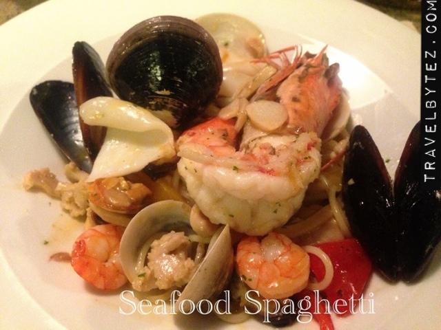 white wine seafood spaghetti