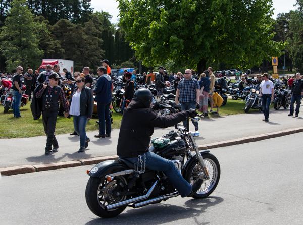 PauMau blogi nelkytplusbloggari nelkytplus Helsinki Bike Show 2015 mottoripyöränäyttely mmaf aliens mc rakennettu moottoripyörä harley davidson biker
