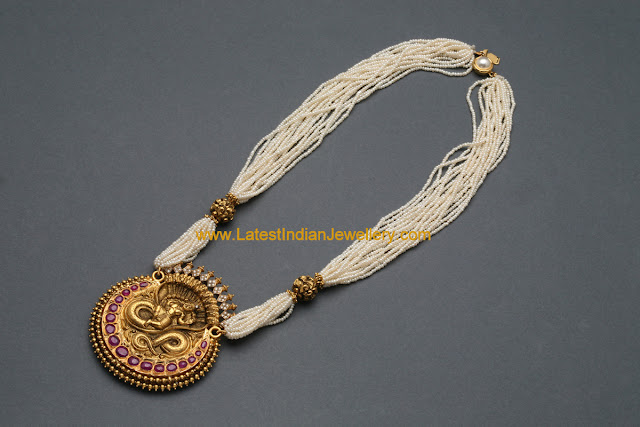 Pearls Mala Naga Pendant