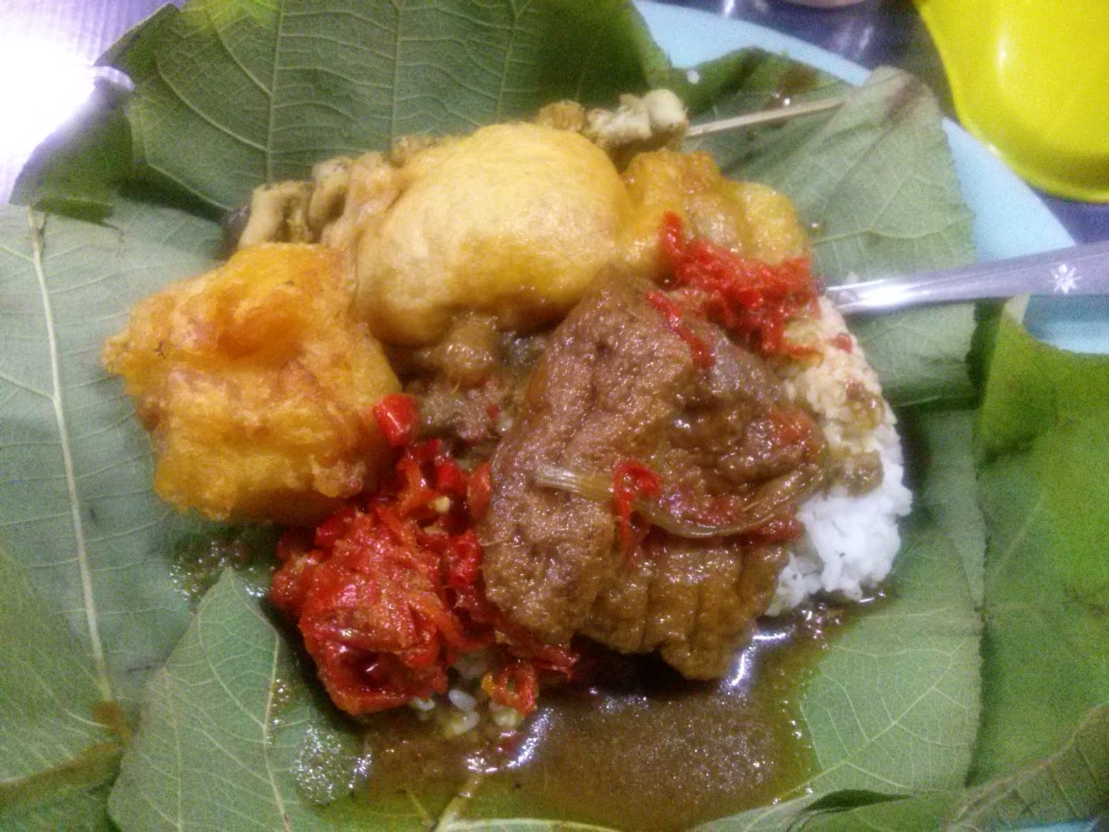 Explore With Deltanne Indonesia Top 10 Must Eat In