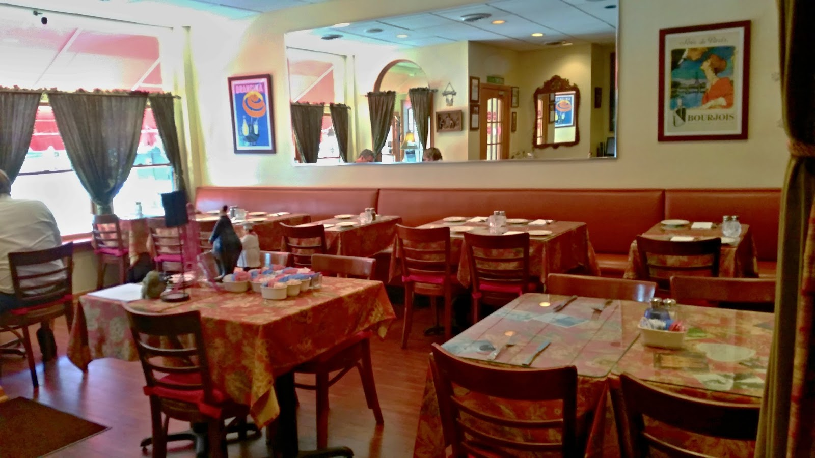 Le Bistro Du Village Formerly Known As Crepe Jour Is In Mt Washington Their 3 Course Dinner Menu Enticing With All The Items You Want To