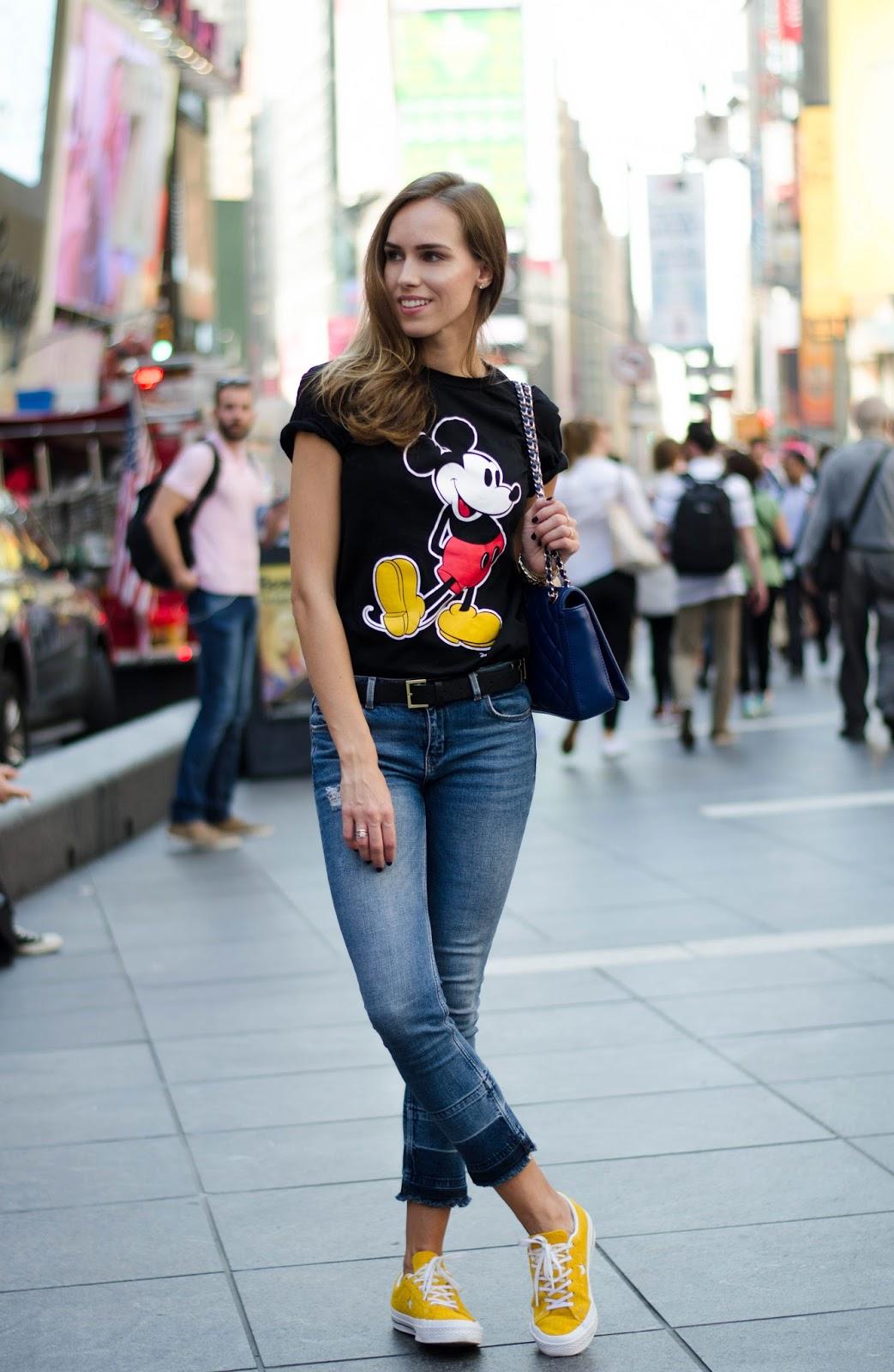 mickey cartoon tshirt outfit