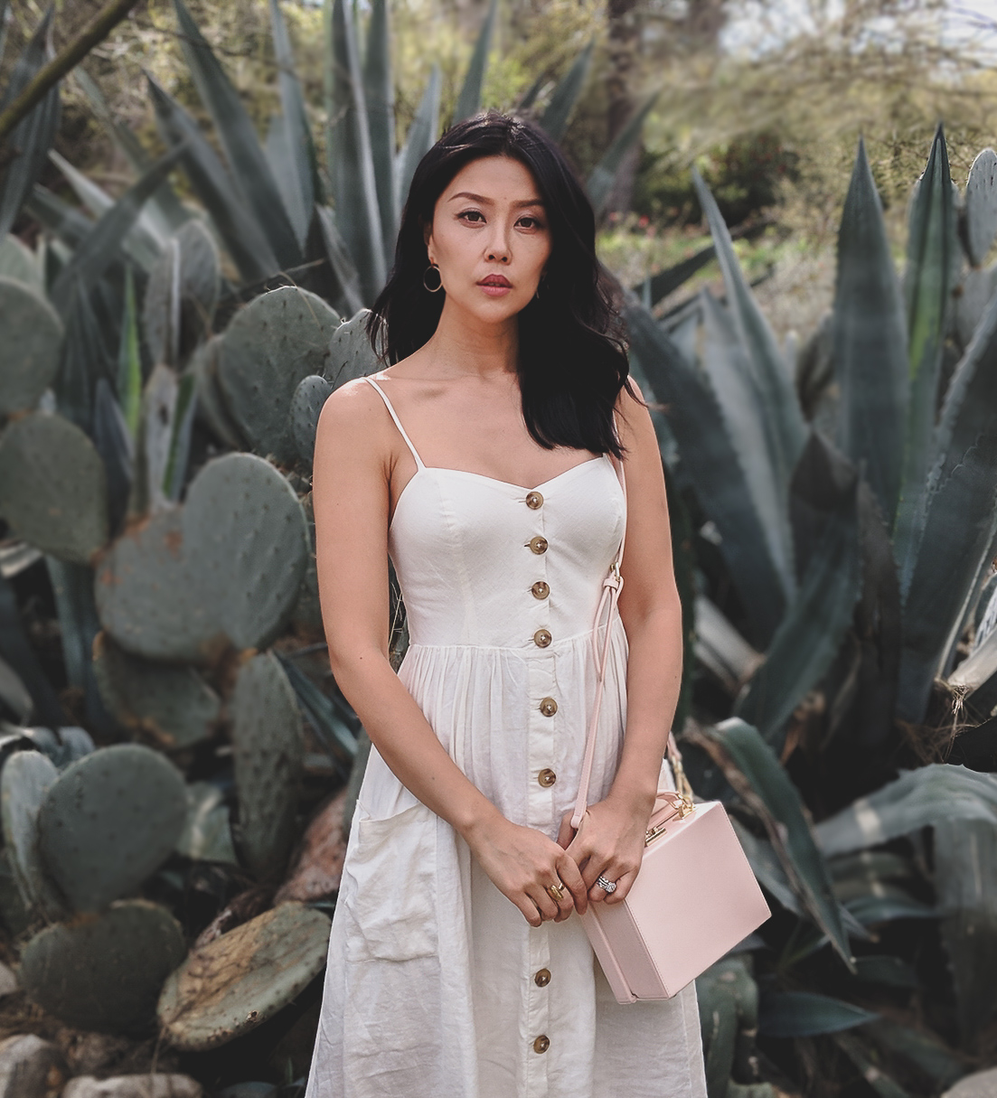 white button dress summer outfit idea