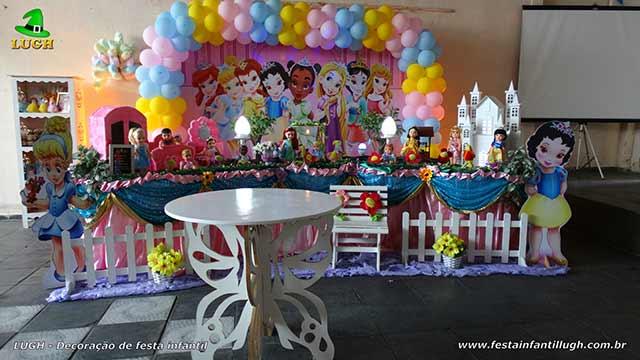 Decoração de aniversário Princesas Baby Disney - Festa infantil - Mesa luxo de tecido