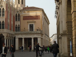 The Caffè Pedrocchi is just a few yards along Via VIII Febbraio from Palazzo del Bò