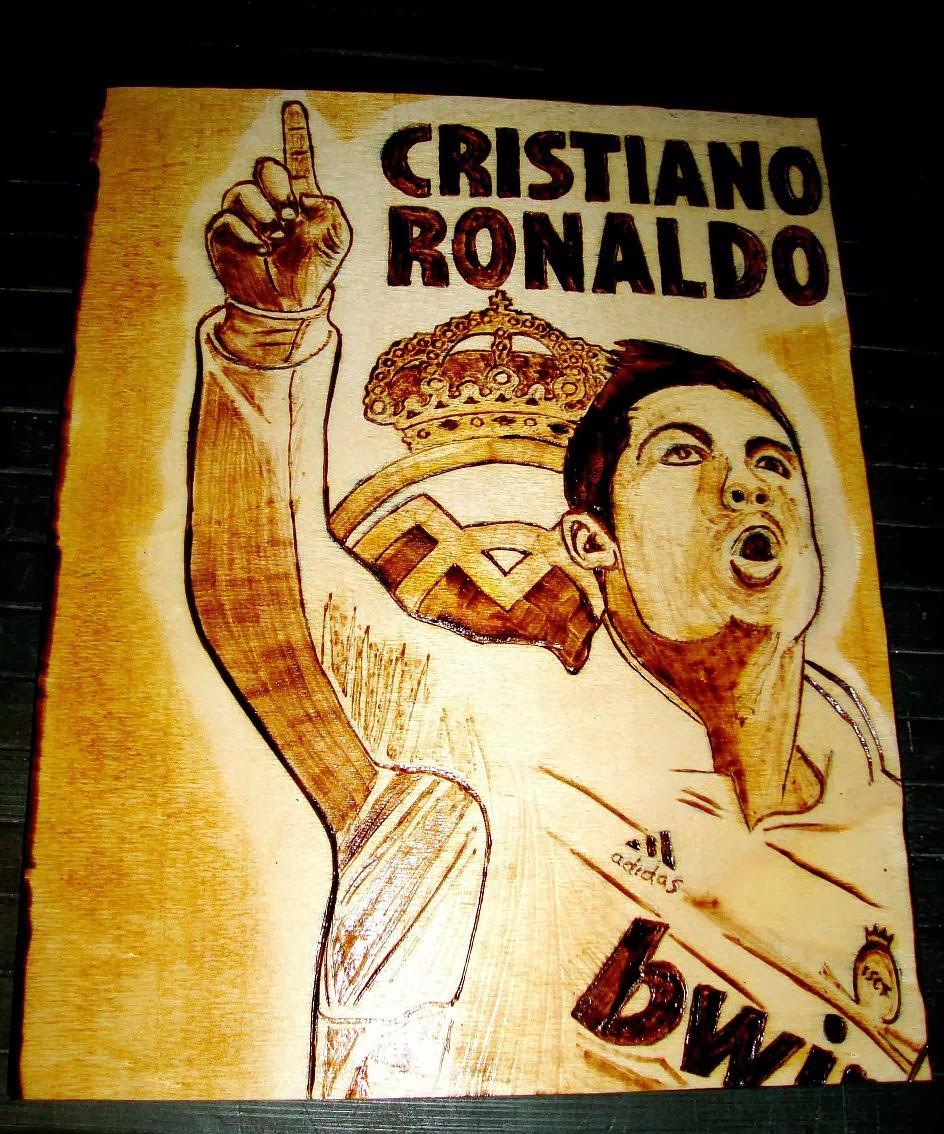 Cristiano Ronaldo em pirogravura