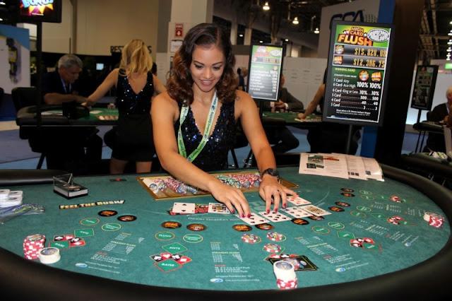 Meja Permainan Judi Poker