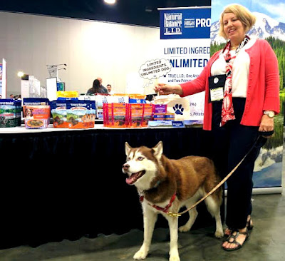 Visiting the Natural Balance Pet Food booth and the BlogPaws blogging and social media conference