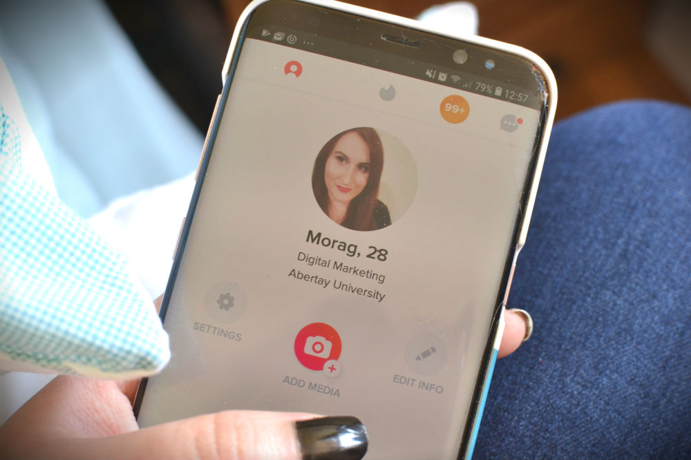 How to speak to a girl on Tinder, by a girl on Tinder