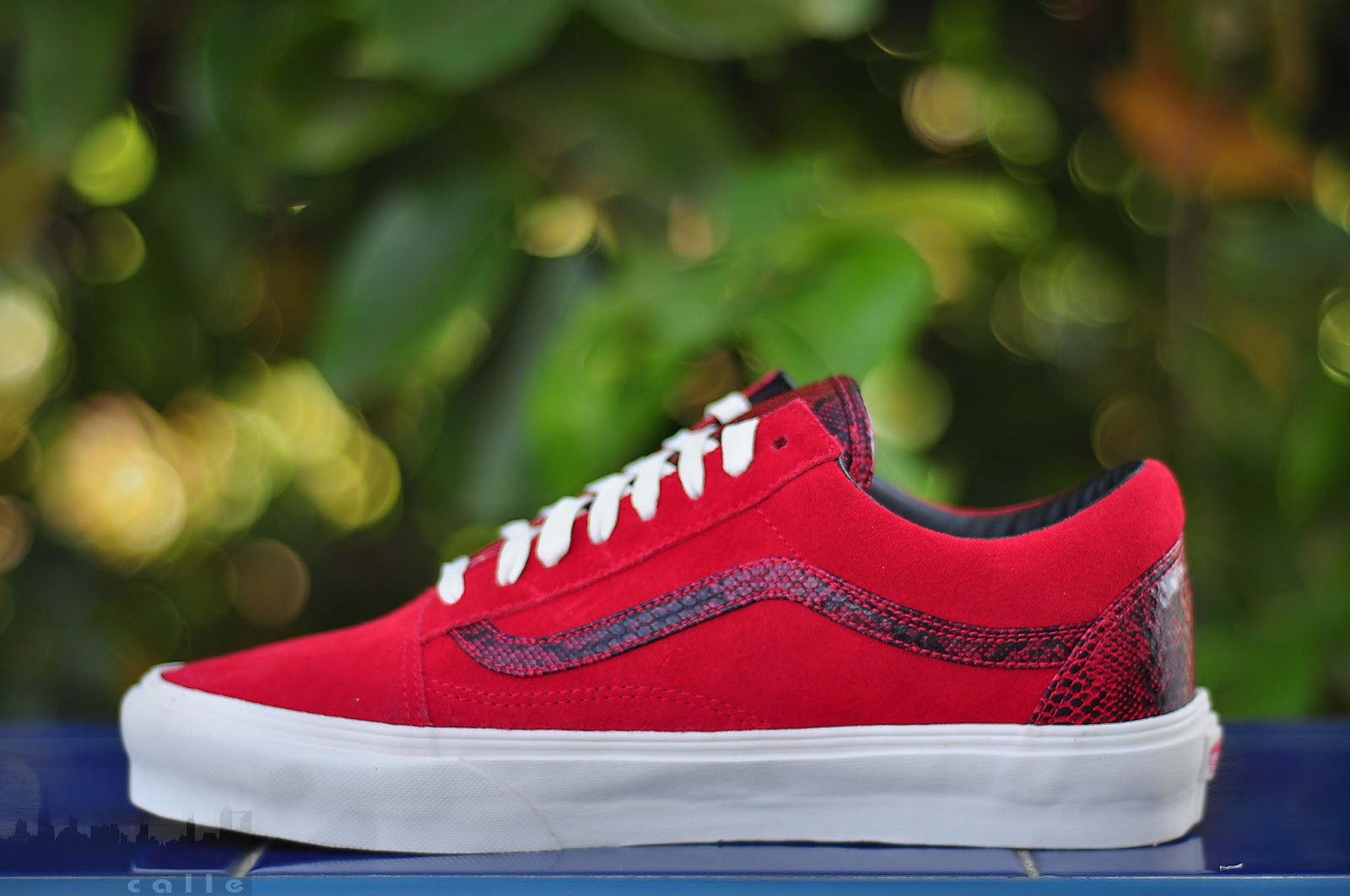 85d8e0457f VANS OLDSKOOL YEAR OF THE SNAKE (FORMULA 1 RED)   SIZES  8-11   PRICE  3498    FREE SHIPPING NATIONWIDE