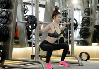 Hình ảnh Đinh Bích Nhạn tập gym - Đinh Bích Nhạn facebook xinhgai.biz