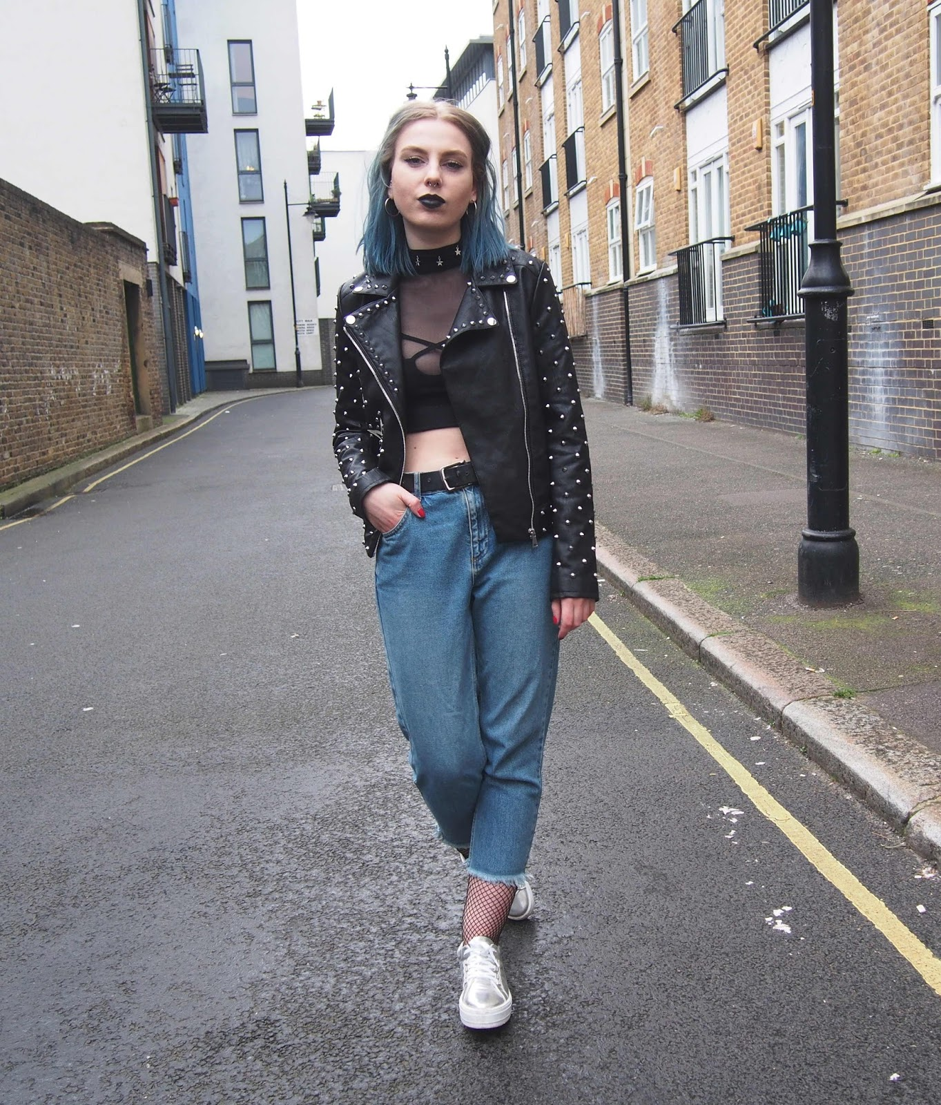fishnets under jeans, cropped jeans, cropped mom jeans, mesh top, black mesh top, embriodered leather jacket, asos embroidered leather jacket, 2017 spring summer fashion trends