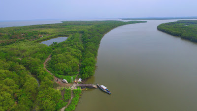 Wisata Tlocor Dan Pulau Sarinah Di Sidoarjo, Eksotisme Pulau Buatan Yang Berpadu Pantai Indah
