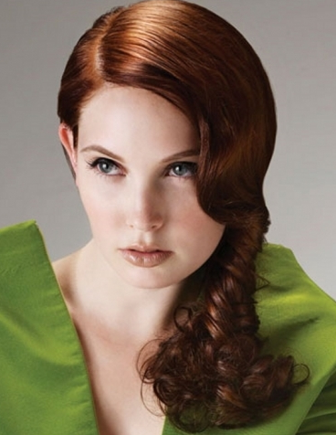Red Hair Fashion 2011: Stripping Red Hair Color 2011