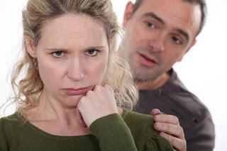 Untuk Para Suami, Ini 5 cara untuk membantu istri anda merasa cantik