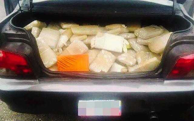 Así estaba la maleta del carro de un sargento chavista de las Fuerzas Armadas