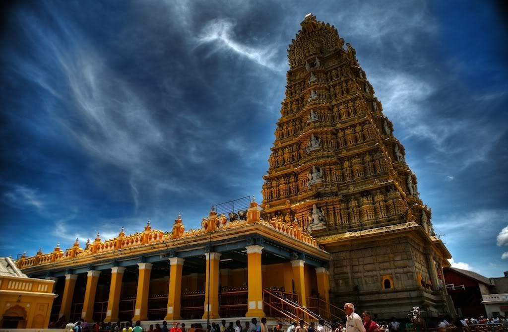 Sri Chamundeshwari Temple, Mysore, Karnataka ~ Popular ...