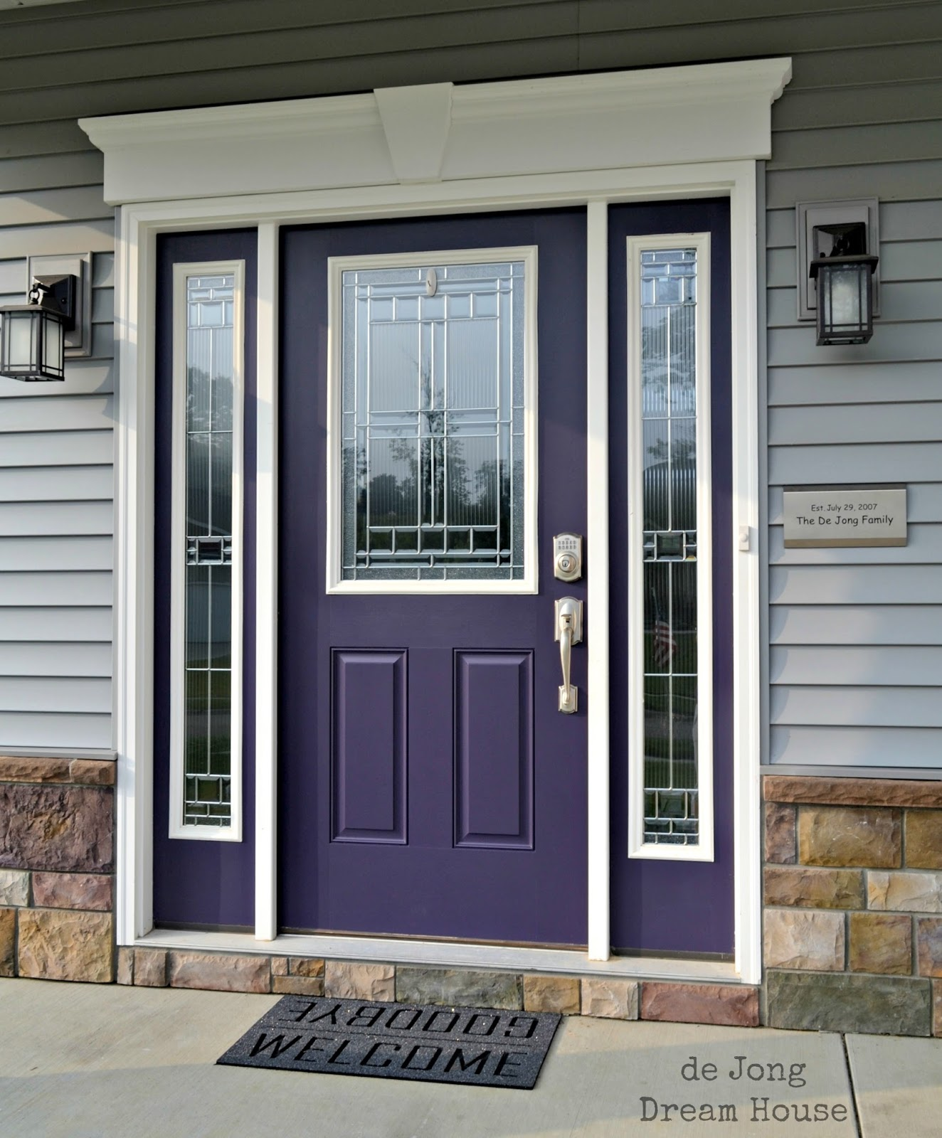 De jong dream house our purple door - What color door goes with gray house ...