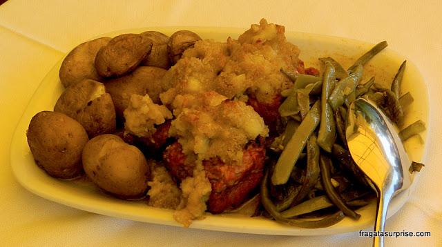 Lombo de porco com batatas ao murro