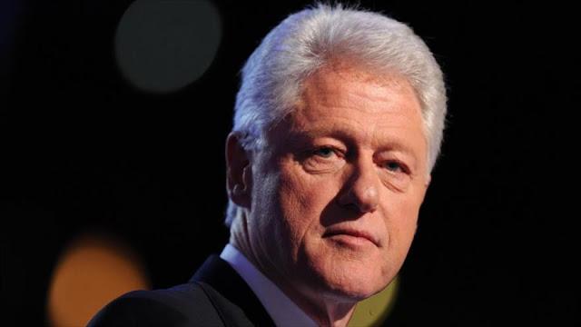 """""""Bill Clinton amenazó de muerte a la fiscal general de EEUU para declarar a favor de Hillary"""""""