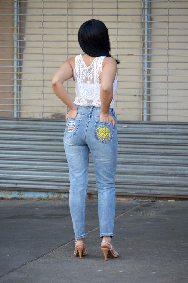 Patched Jeans-Mari Estilo- SheIn-Lookoftheday-fashionblogger-ripped jeans-dc blogger-ArmandHugon-Sandalias-Primavera- Tendencias de los 90