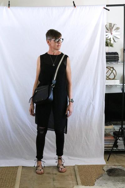 sleeveless black tunic skinny jeans