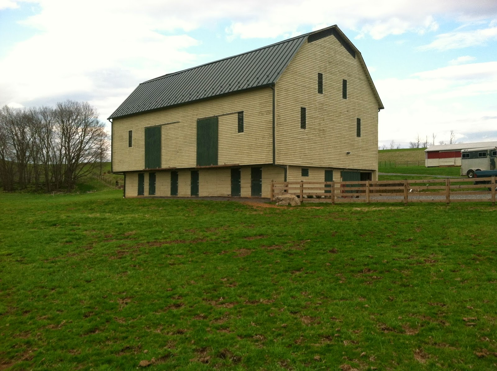 Horse Country Chic: Saving Old Bank Barns