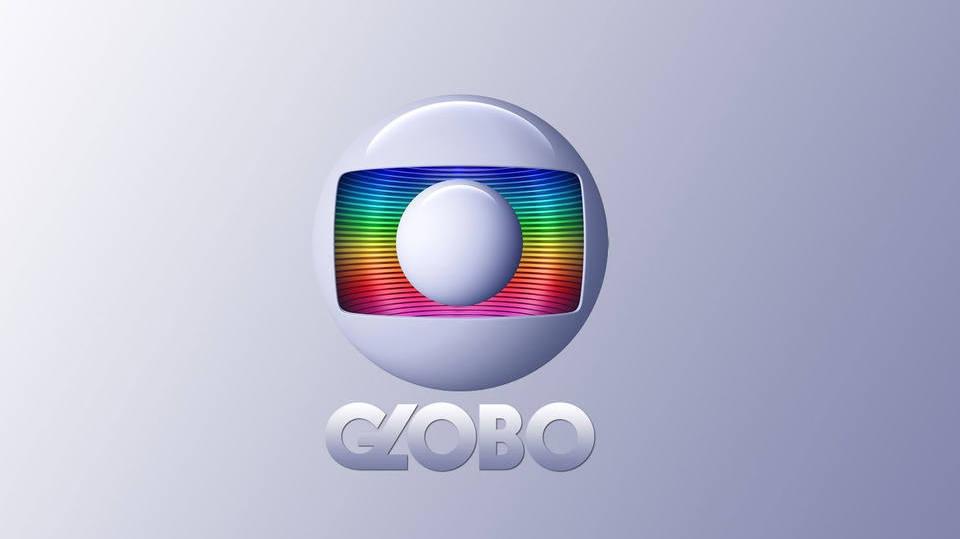 Globo arrasa em resposta de telespectador que reclamou sobre cena de sexo gay