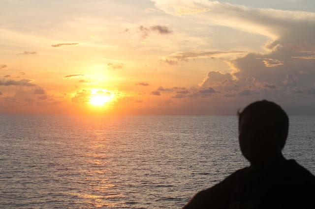 Sunrise Laut Jawa