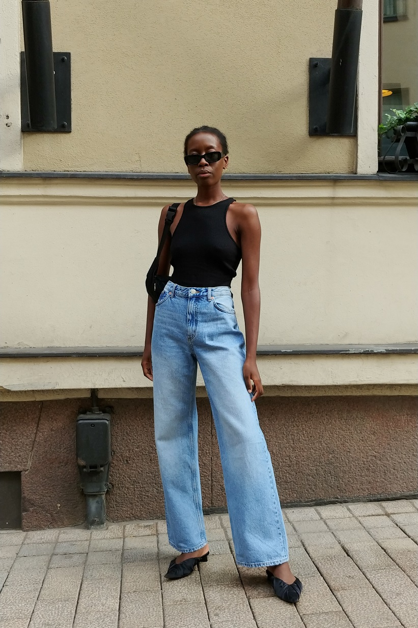 Stylish Way to Wear a Racerback Tank Top and Wide-Leg Jeans — Sylvie Mus Summer Outfit Idea
