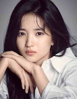 Biodata Kim Tae-Ri Pemeran Go Ae-Shin K-Drama Mr. Sunshine