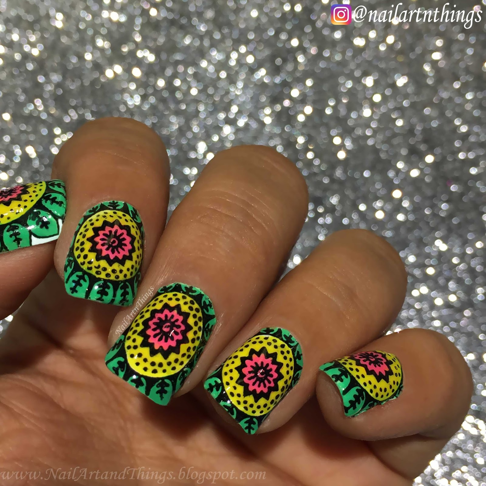 NailArt and Things: Mandala Nail Art with stamping decals