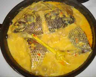 Resep Ikan Mas Kuah Santan