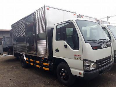 Xe tải thùng kín Isuzu QKR55H