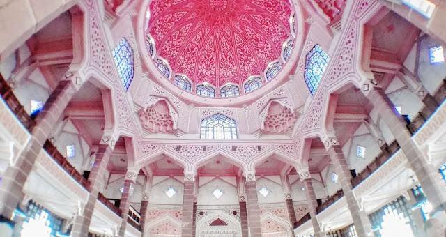 可愛い?インスタ映えしそうなピンク色のインドネシアのモスク【ar】 ピンクモスクプ トラジャ