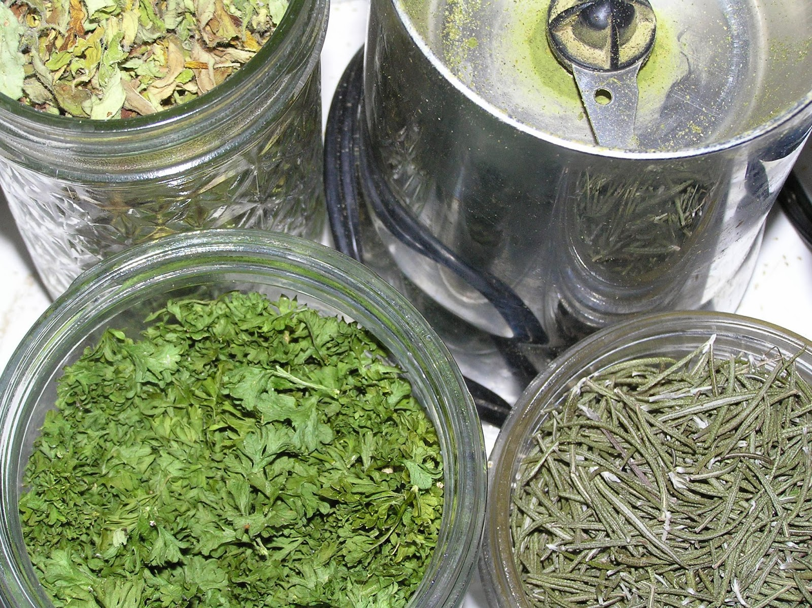 dried herbs for salt blend