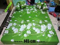 Sofa bed inoac nomor 4 saat difungsikan posisi sebagai kasur