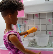 DIY Barbie Blog: soup pot = detergent scoop