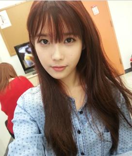 Gaya Rambut Panjang Artis Korea UI