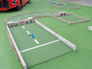 Mini-Golf in Chiswick, London