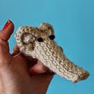http://translate.google.es/translate?hl=es&sl=en&tl=es&u=http%3A%2F%2Fwww.ravelry.com%2Fpatterns%2Flibrary%2Fknitted-elephant-finger-puppet