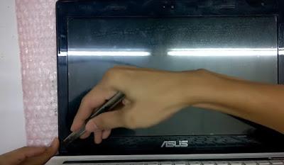 Cara Mudah Ganti LCD Laptop ASUS Dalam 5 Menit