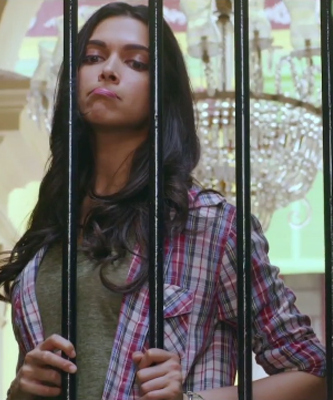 Dress No. 2 - Deepika Padukone Shirt from Piku