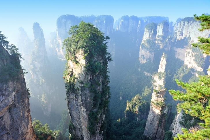Gunung Tianzi, Cina