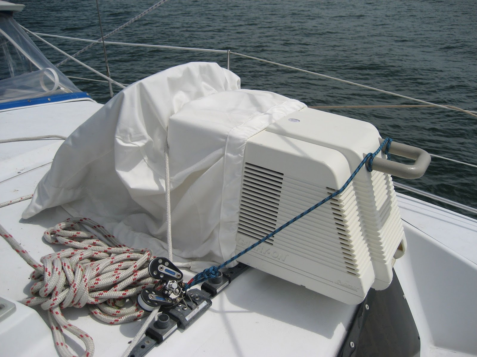 SOLD] Portable Cruisair Air Conditioner Cruisers & Sailing Forums #3F515D